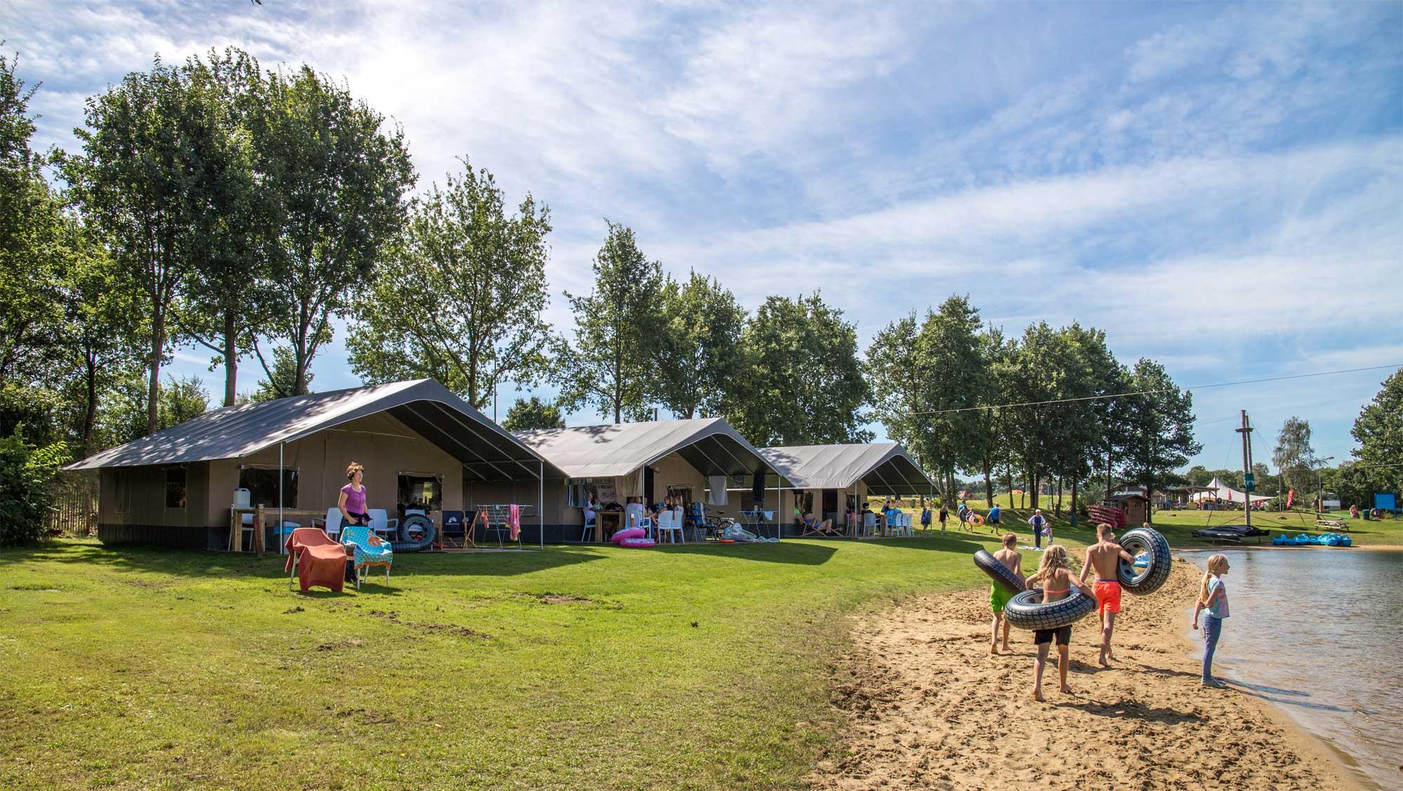 6pers ingerichte Drenthe tent Molecaten Park Kuierpad 01