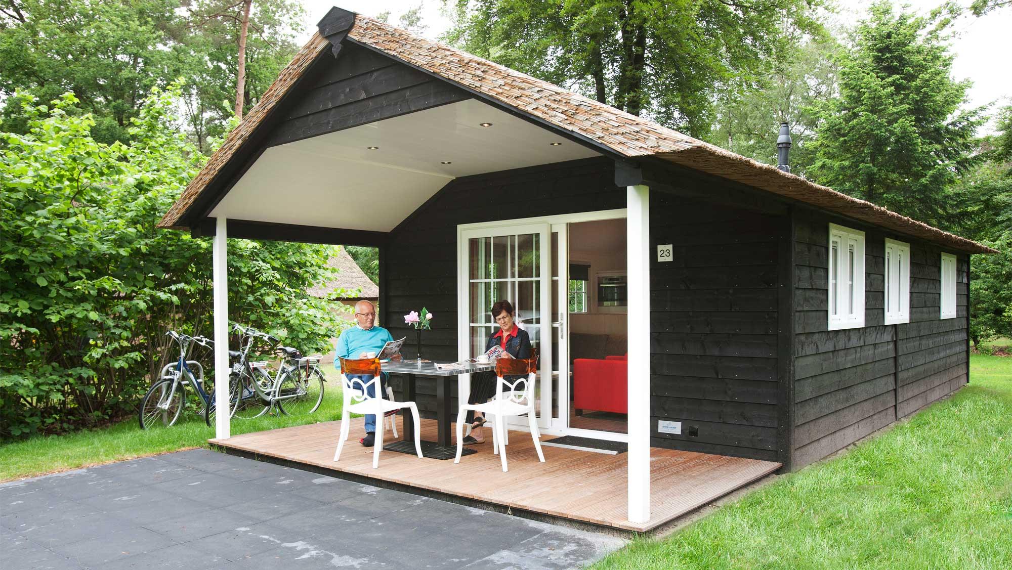 2pers bungalow Vuursteen Molecaten Park De Leemkule 01