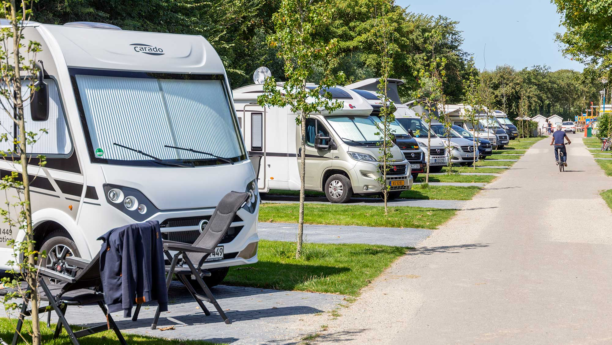 Campercomfortplaats kamperen Molecaten Park Hoogduin 01
