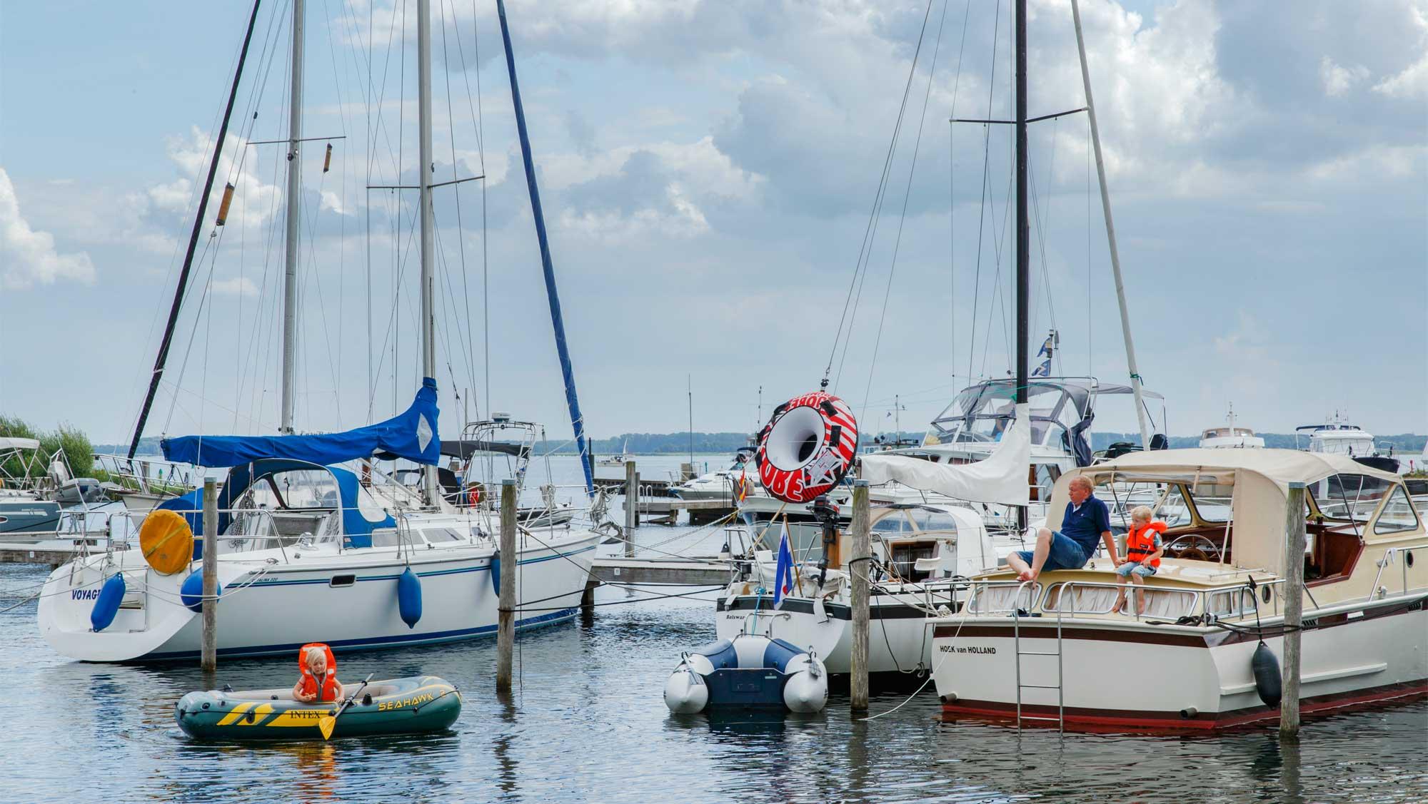 Jachthaven Molecaten Park Flevostrand 02