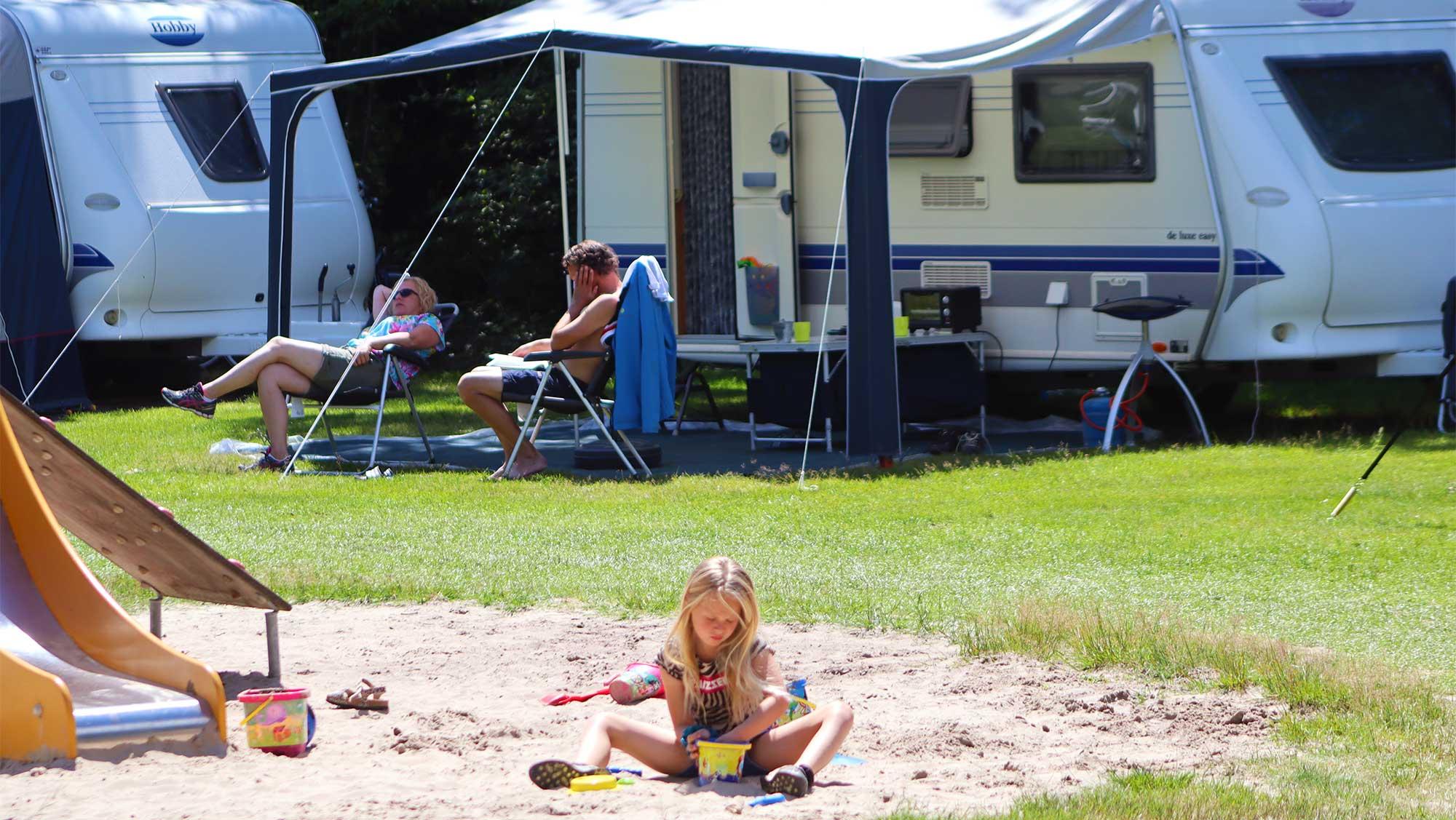 Comfortplaats B kamperen Molecaten Park t Hout 02
