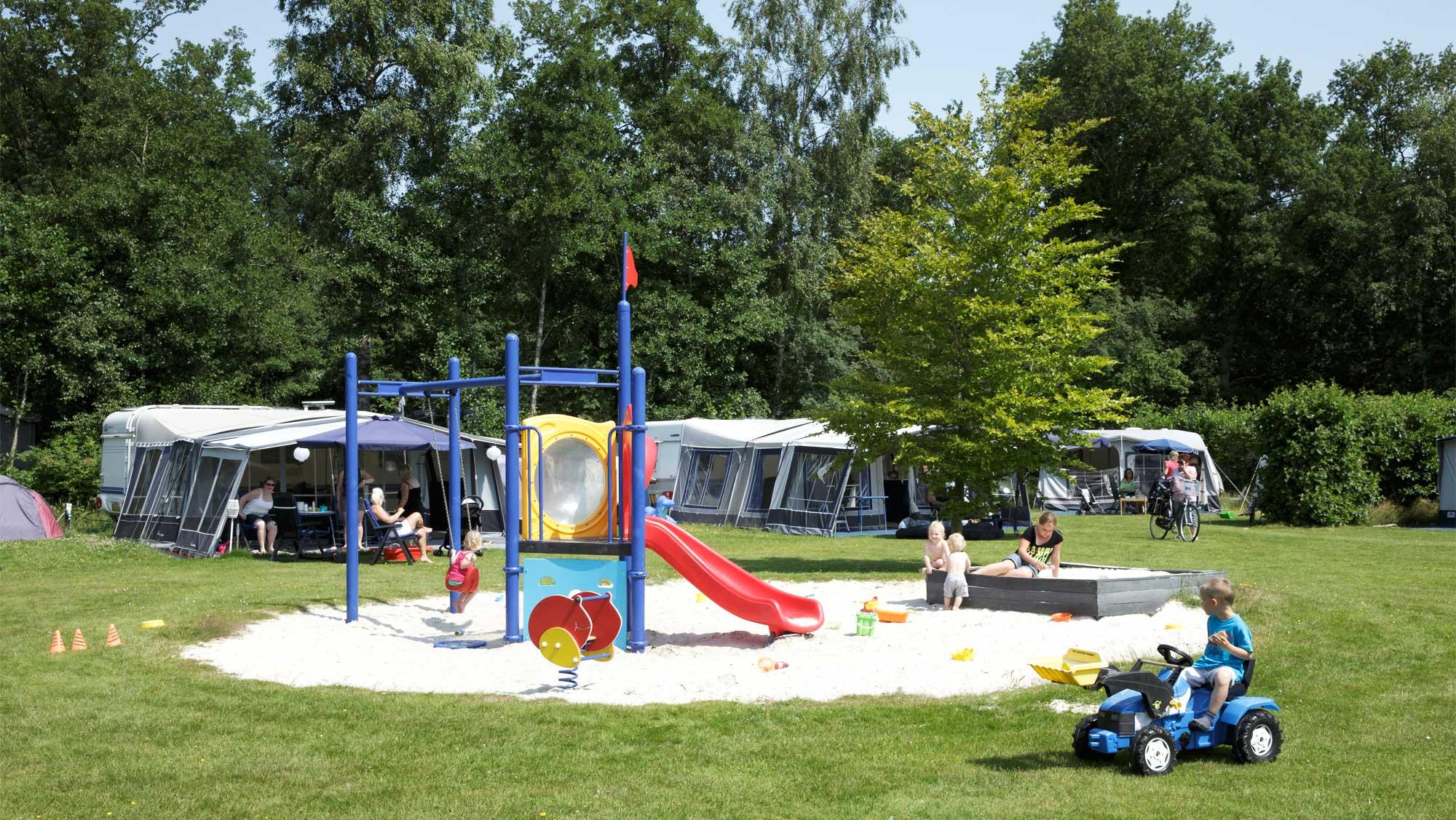 Comfortplaats A kamperen Molecaten Park t Hout 01