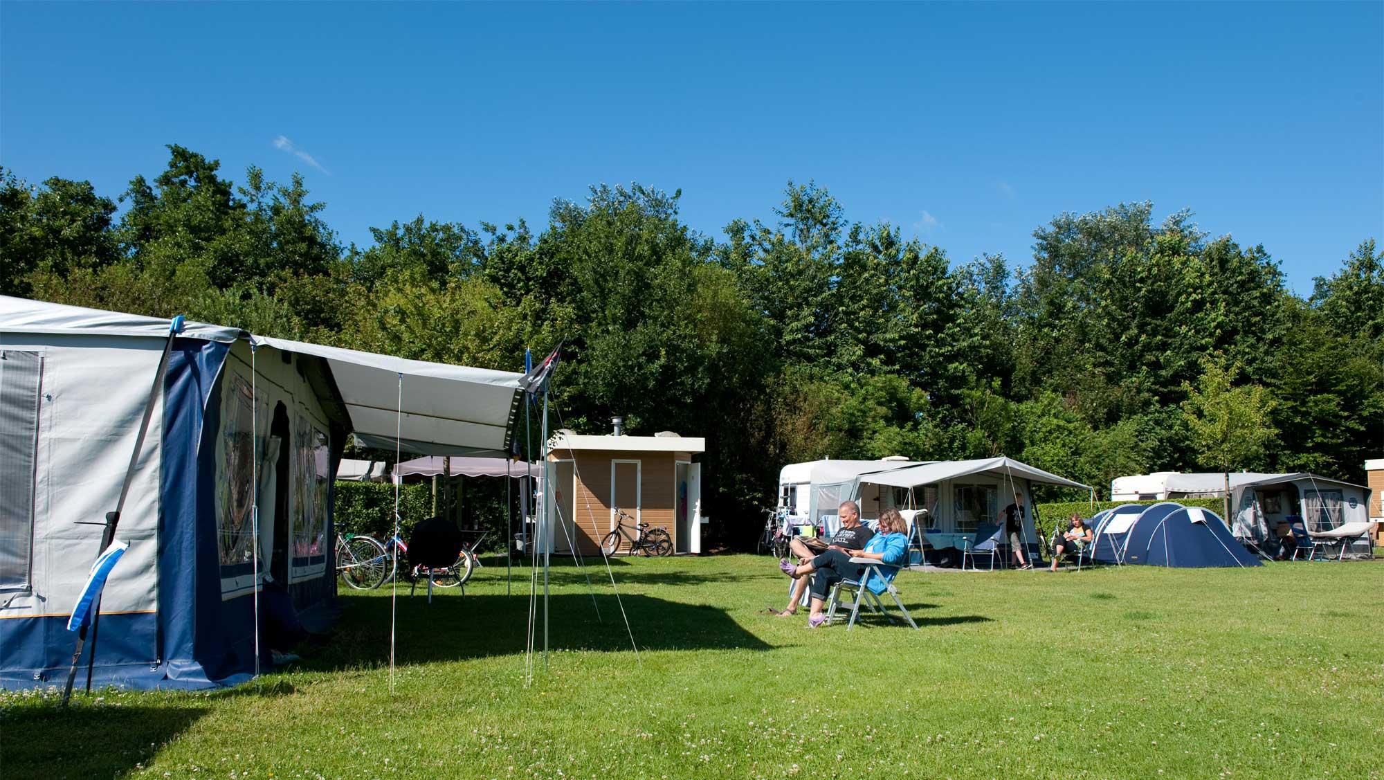 Comfortplusplaats kamperen Molecaten Park Wijde Blick 03
