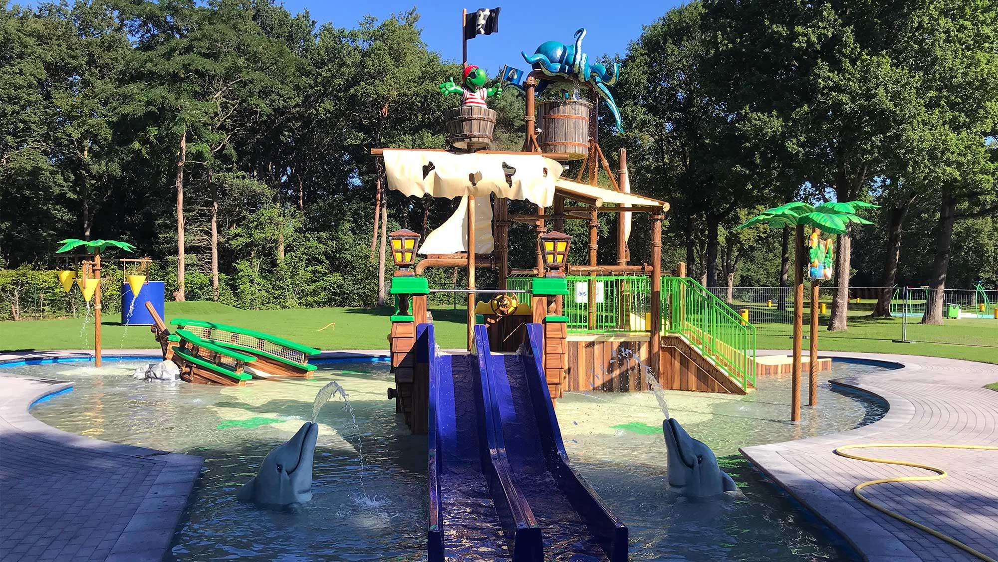Waterspeelpark Splesj Molecaten Park Bosbad Hoeven Turtle Island 01
