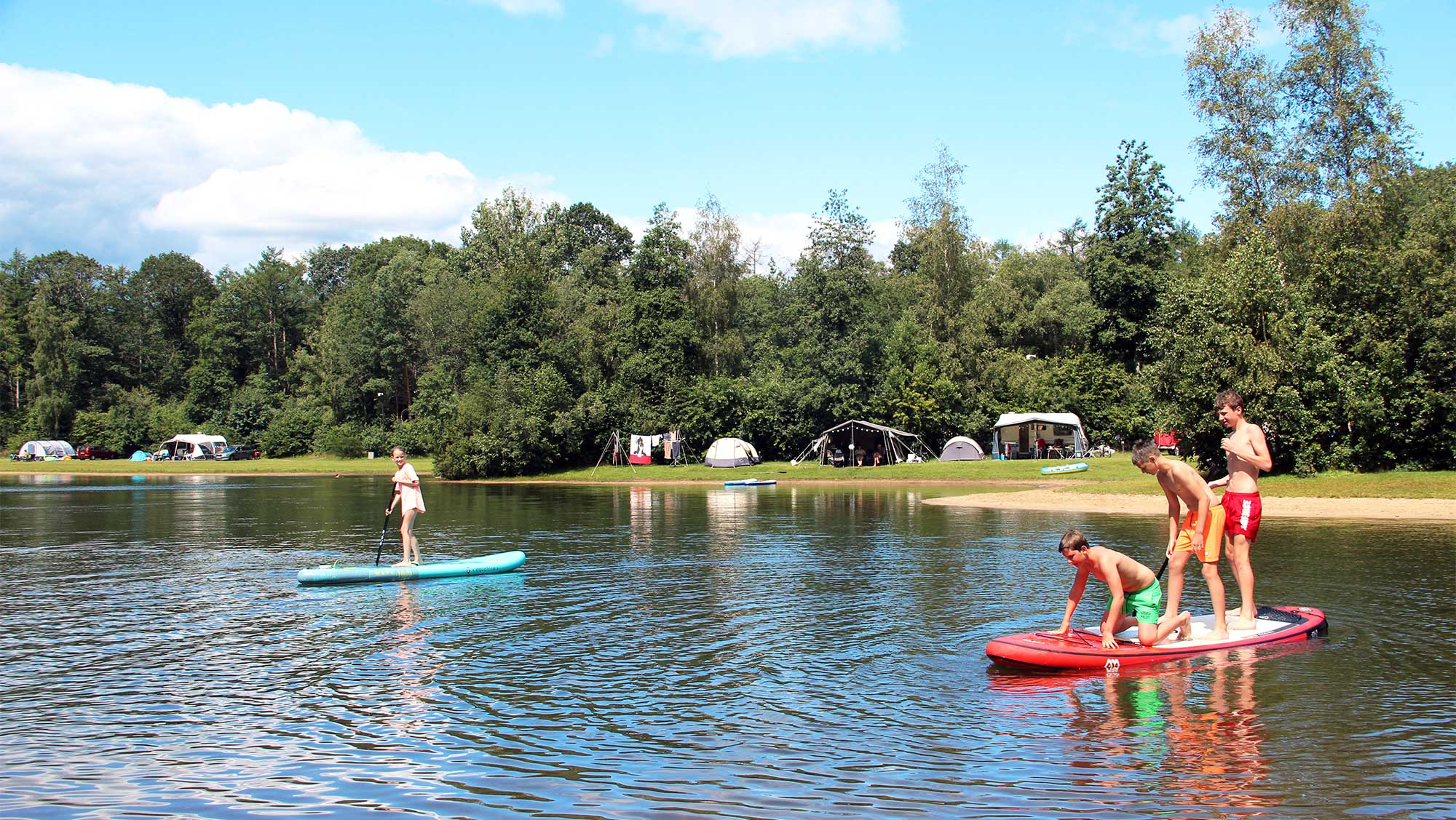 Basisplaats kamperen Molecaten Park Kuierpad 01
