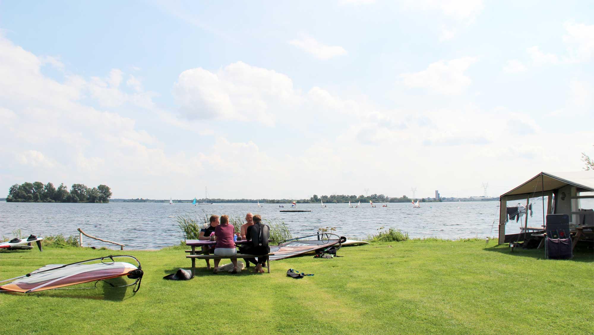 Strandcampingplaats Molecaten Park Flevostrand 03
