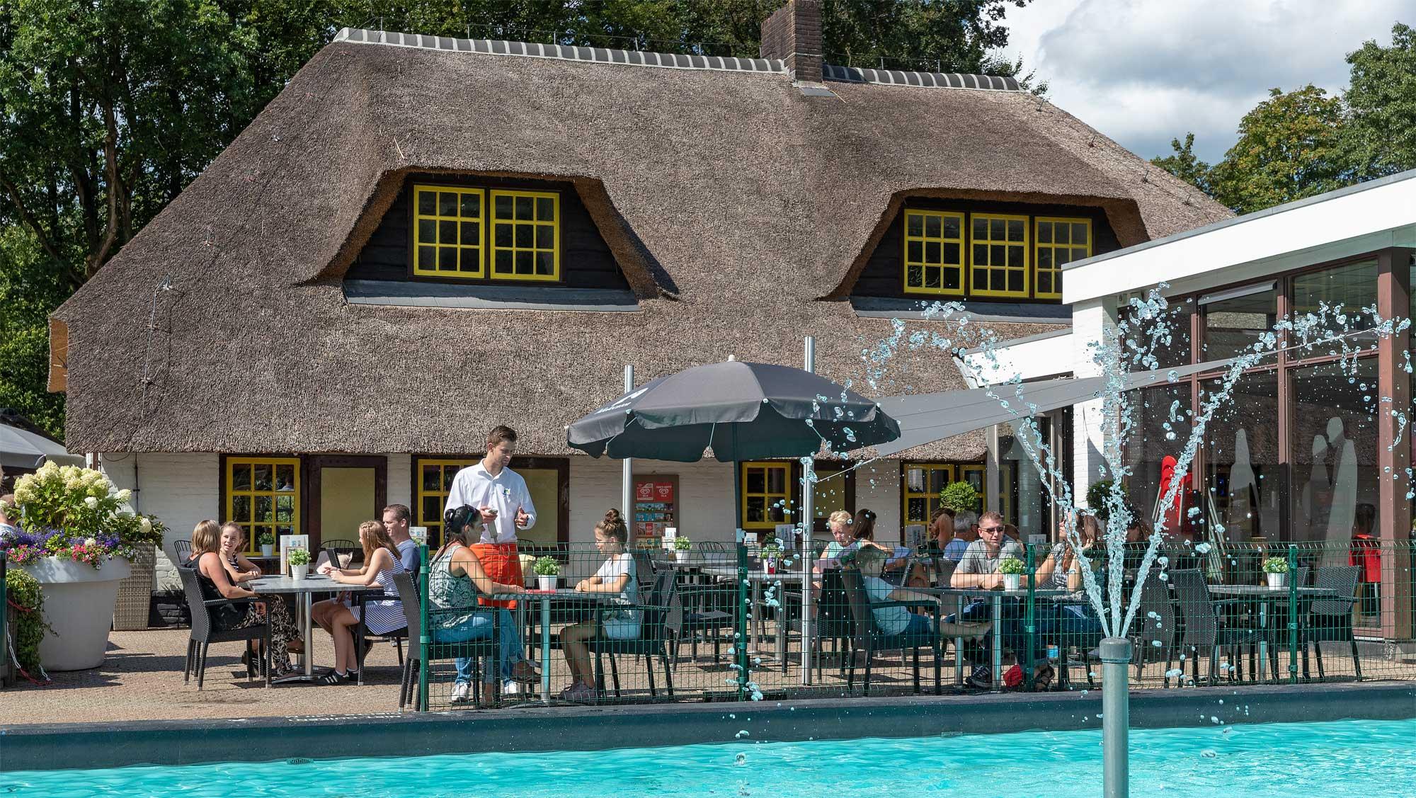 Restaurant De Keuken van Caatje Molecaten Park De Leemkule 01
